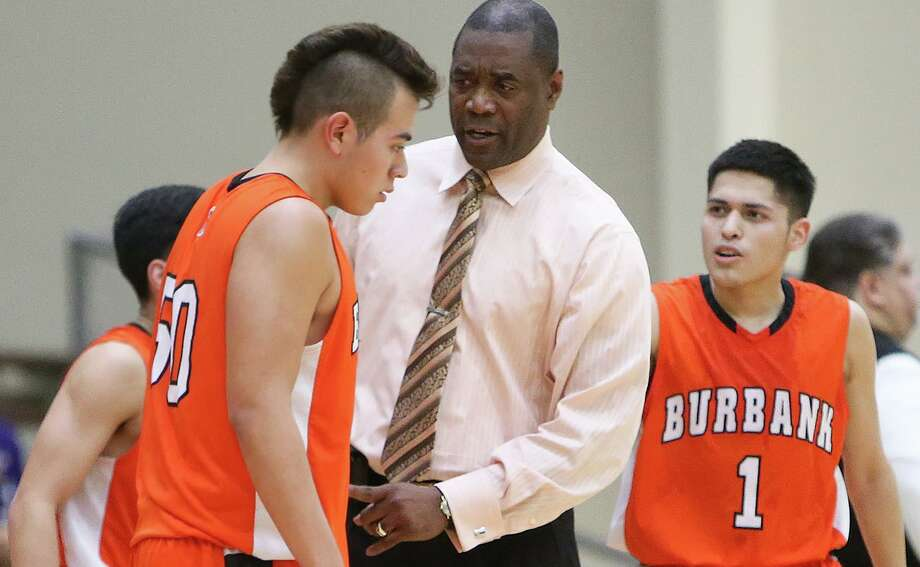 Burbank boys basketball coach Herbert Jackson has won 450 games in 29 seasons with the Bulldogs. Photo: Marvin Pfeiffer /Staff Photographer / Express-News 2015