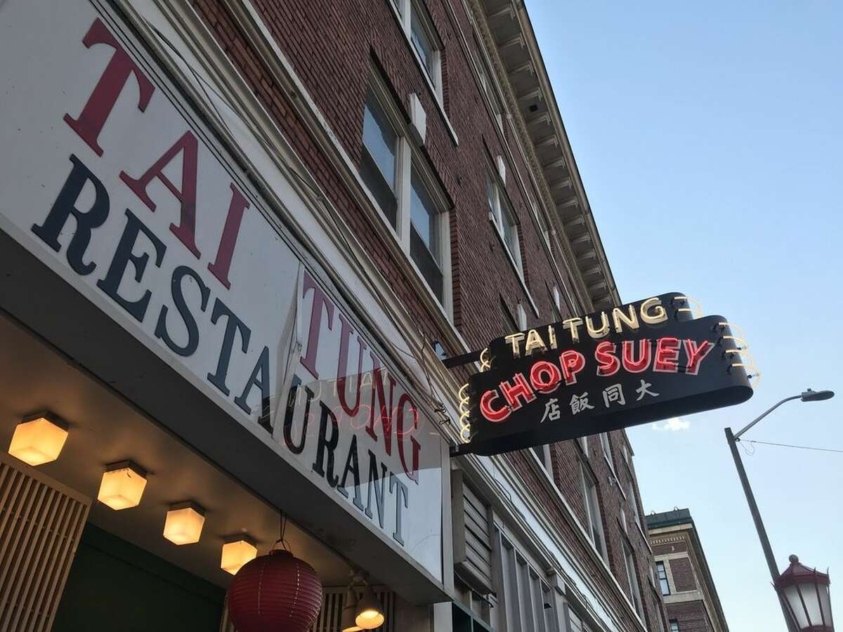 Seattle's International District hosts thousands of guests over Christmas Eve and Christmas Day for lunch and dinner. Tai Tung is no exception.