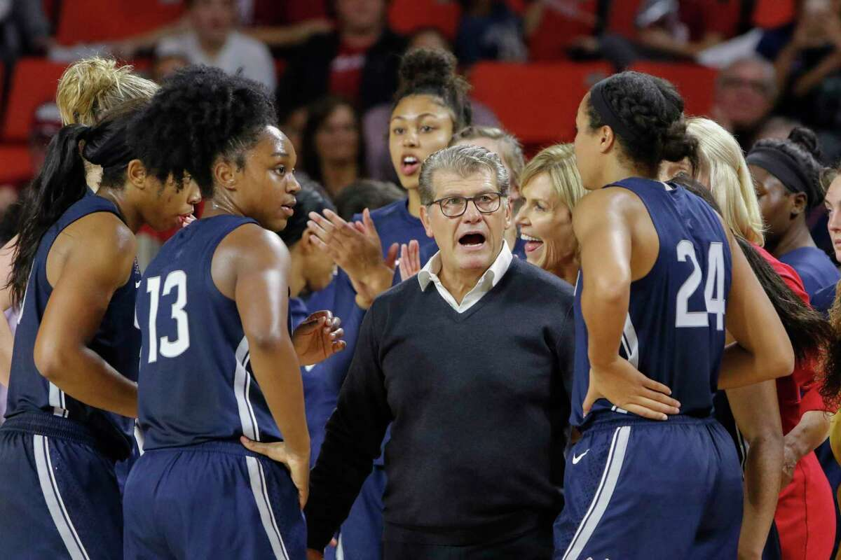 UConn coach Geno Auriemma instructs his team against Oklahoma on Dec. 19, 2018. The Sooners had a 12-point lead at halftime but the Huskies pulled away for a 72-53 win.