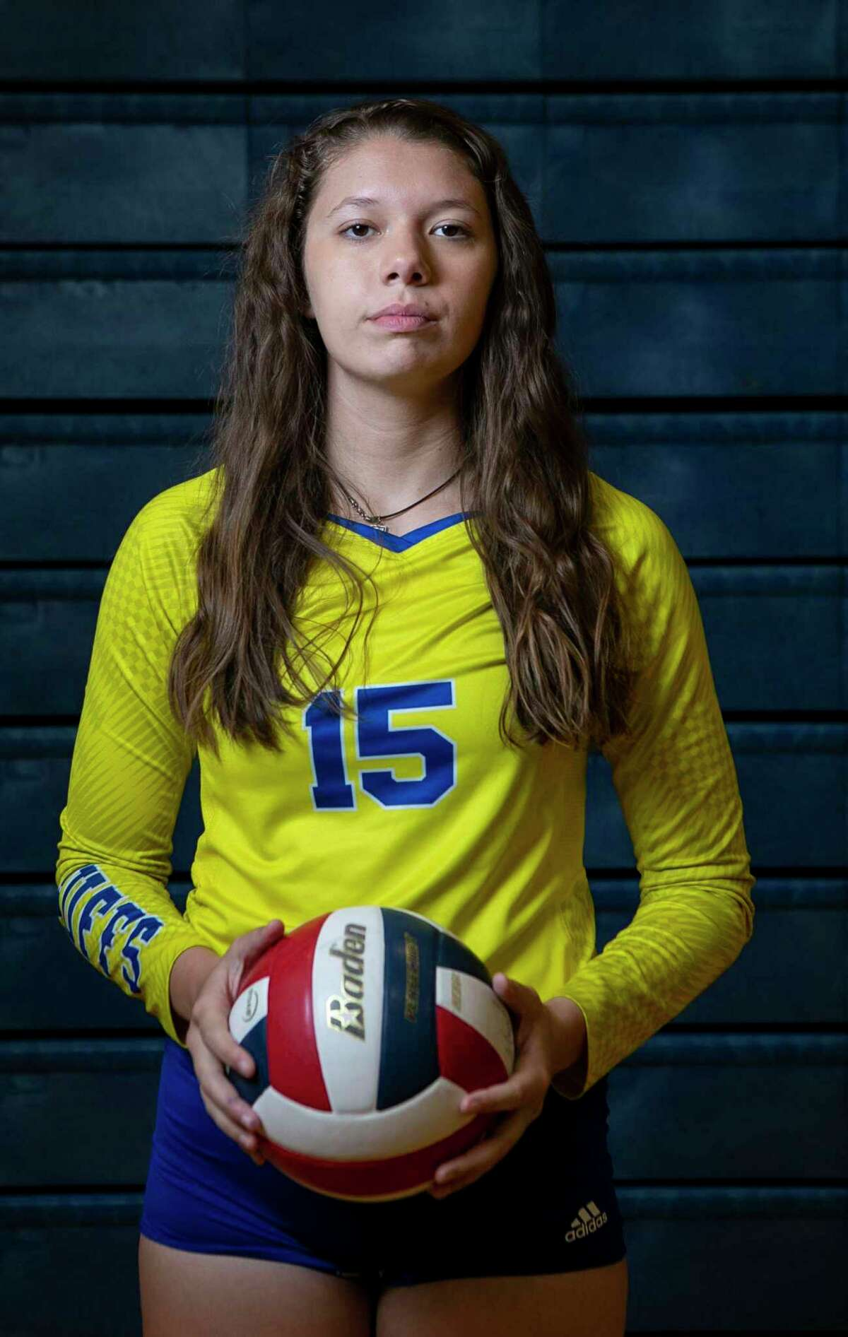 Clemens senior Shelby O'Neal, the 2019 Express-News Volleyball Player of the Year poses in the Clemens High School gymnasium in Schertz, Texas, on Dec. 17, 2019.