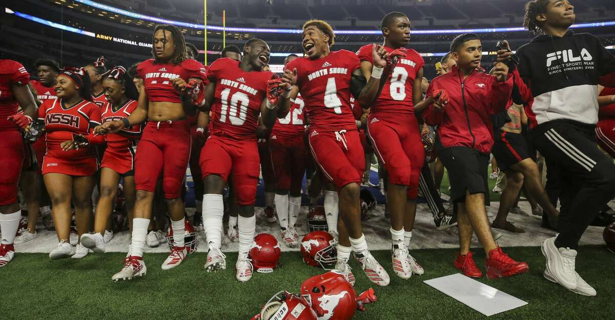 The North Shore football team celebrates after defeating Duncanville 31-17 in the UIL 6A Division 1 State Championship at AT&T Stadium Saturday, Dec. 21, 2019, in Arlington, Texas.