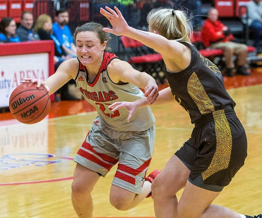 SIUE's Allie Troeckler (left), shown in a home game earlier this season, matched her career high with 20 points and made it a double-double with 12 rebounds Saturday in the Cougars loss to North Alabama in Atlanta. Photo: Scott Kane / SIUE Athletics