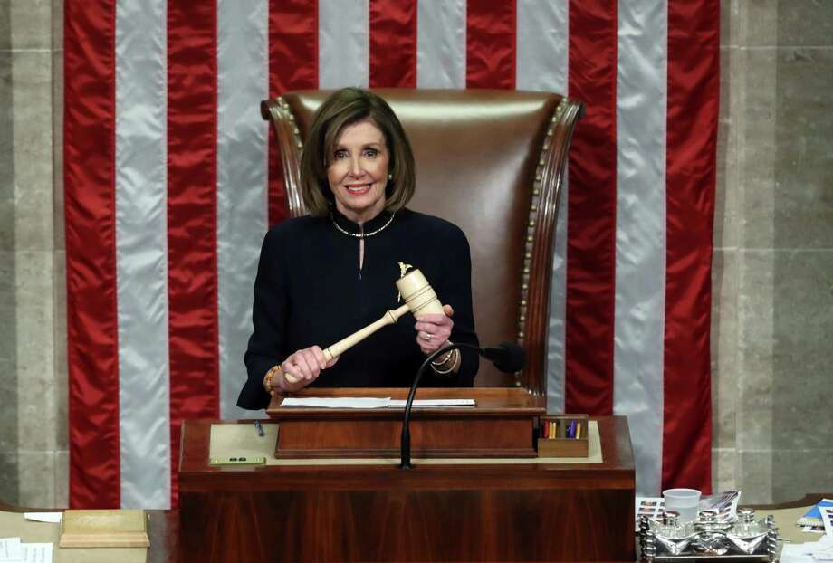 WASHINGTON, DC - DECEMBER 18: Speaker of the House Nancy Pelosi (D-CA) presides over Resolution 755 as the House of Representatives votes on the second article of impeachment of US President Donald Trump at in the House Chamber at the US Capitol Building on December 18, 2019 in Washington, DC. The U.S. House of Representatives voted to successfully pass two articles of impeachment against President Donald Trump on charges of abuse of power and obstruction of Congress. (Photo by Chip Somodevilla/Getty Images) *** BESTPIX *** Photo: Chip Somodevilla, Staff / Getty Images / 2019 Getty Images