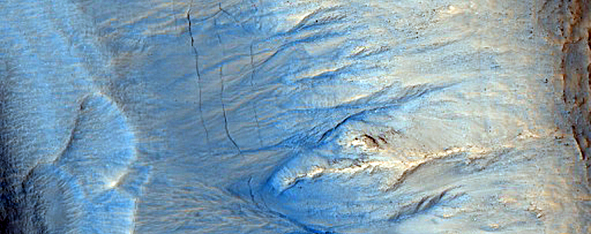 New Mars photos show how colorful the Red Planet can be