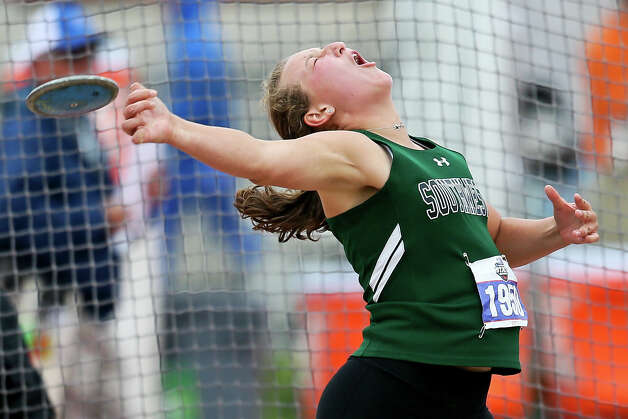 Southwest's Morgan Fey tosses the disc 137-09 on her final throw to take first place in the 5A girls discus during the UIL state track and field championships at Mike Myers Stadium in Austin on Friday, May 10, 2019. Fey also took third place in shot put at the meet. Photo: Marvin Pfeiffer / Express-News 2019