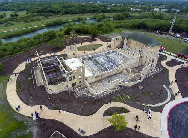 The former Hot Wells Hotel is seen Tuesday, April 30, 2019, during the grand opening of the Hot Wells of Bexar County park. The once-crumbling building has been stabilized by Bear County as part of turning the approximately four acre site into a park which is connected to the Mission Reach section of the San Antonio River Walk. Photo: William Luther/Staff Photographer