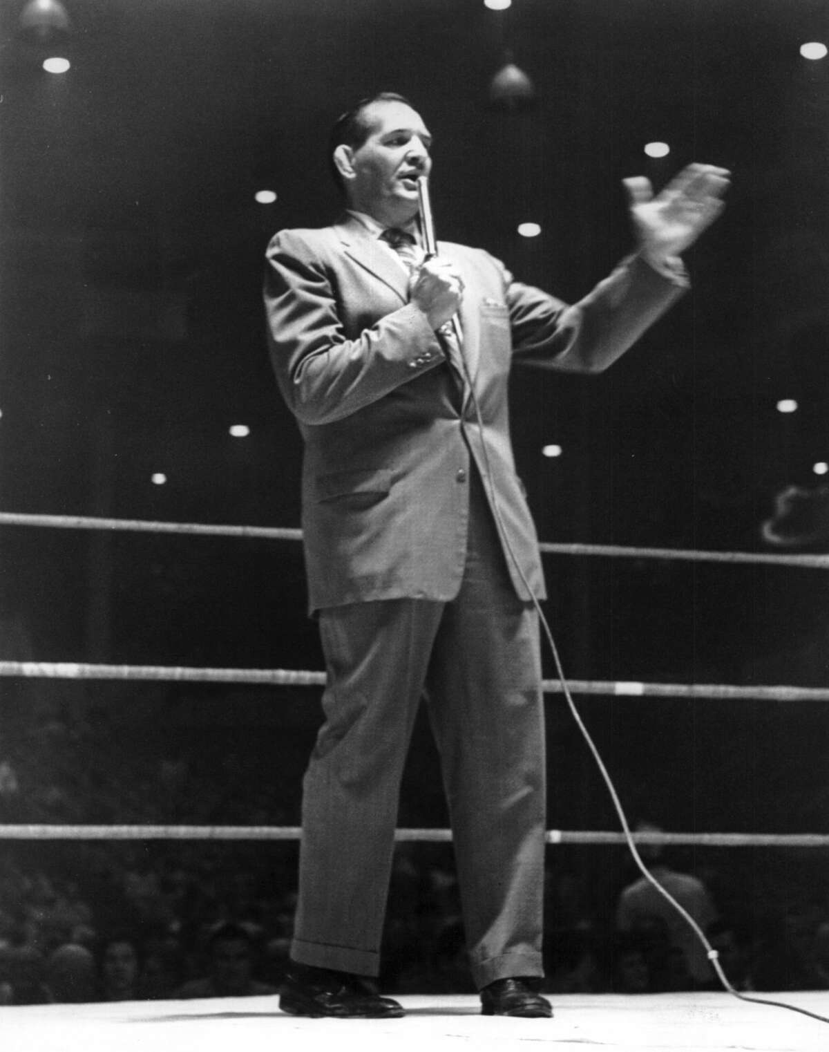 December 1961: With wrestling personality Paul Boesch making the appeal at the final matches of the season, fans gave almost $500 to The Chronicle Goodfellow program to provide new Christmas toys and candy for Houston's needy children. Both Boesch and sports promoter Morris Sigel, who sweetened the pot with his own donation of $100, are traditional Goodfellows boosters.