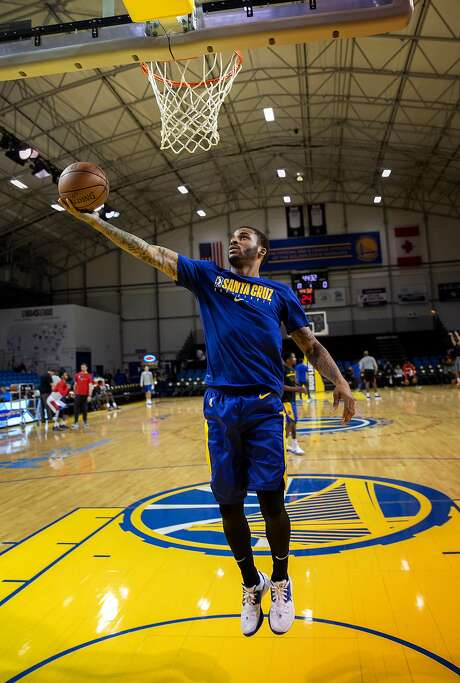 Santa Cruz Warriors guard Vander Blue practices just  before the NBA G League basketball game against Windy City Bulls at the Kaiser Permanente Arena on Sunday, Dec. 8, 2019 in Santa Cruz, Calif. Photo: LiPo Ching / Special To The Chronicle