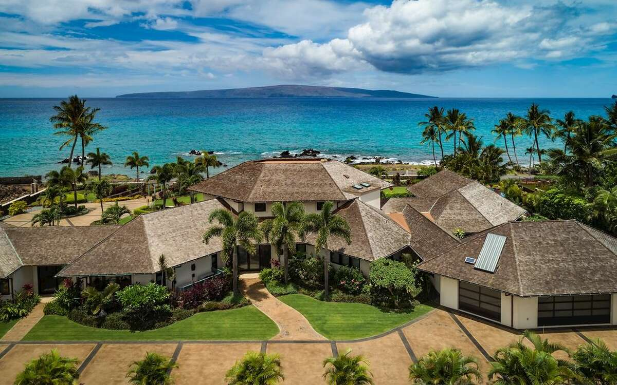 4 beds, 5 baths, 5,680 sqft, located in Kihei, HI., for an estimated $14,137,166.