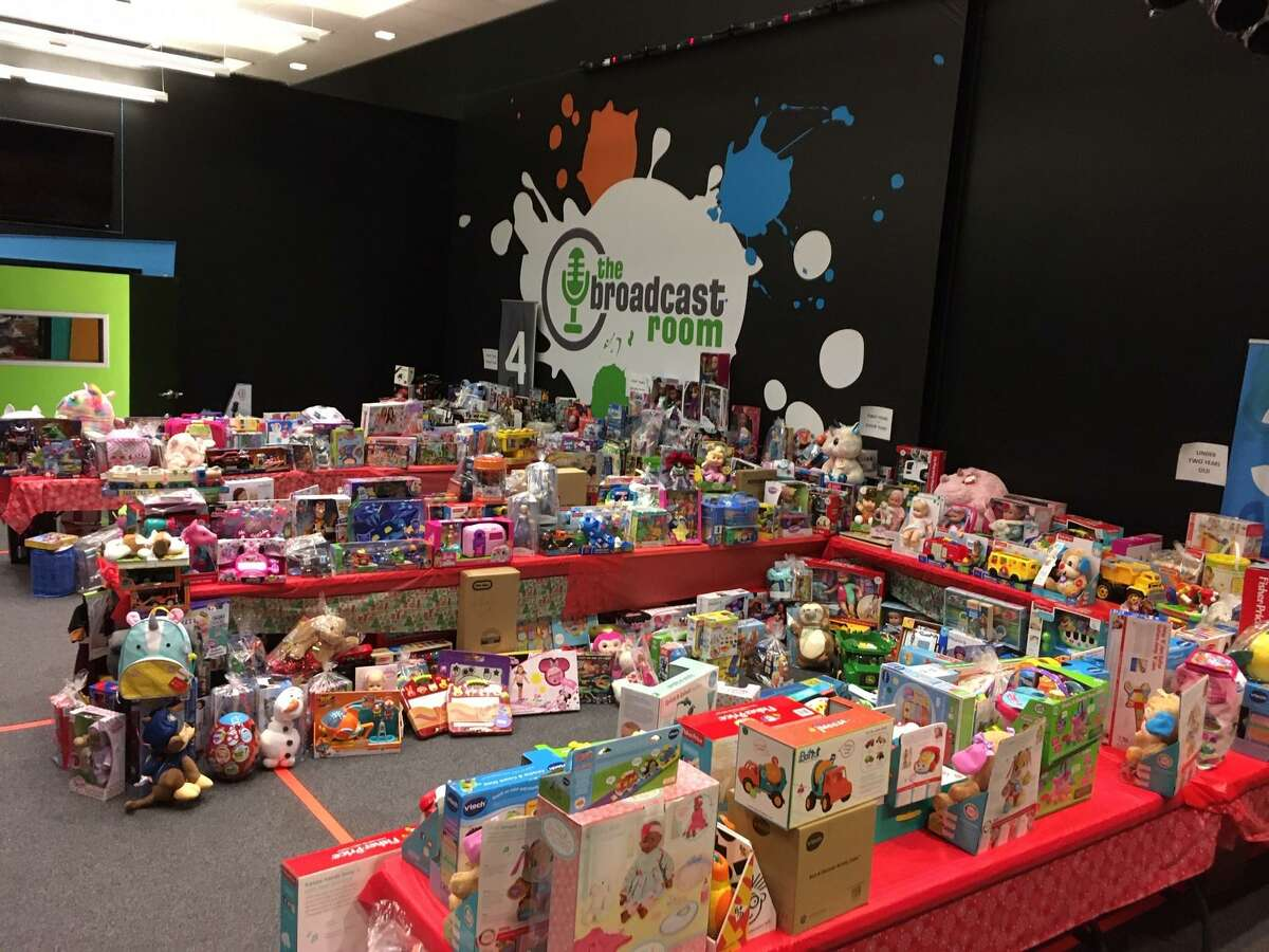 Woodforest National Bank coworkers raise money each Christmas for foster youth, including more than 525 this year. Now the group has started the new nonprofit: Helping Hands of Montgomery County.