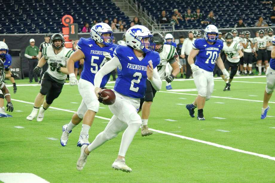 Friendswood's Luke Grden (2) returns for his fourth year quarterbacking the Mustang offense. Photo: Kirk Sides / Staff Photographer / © 2019 Kirk Sides / Houston Chronicle