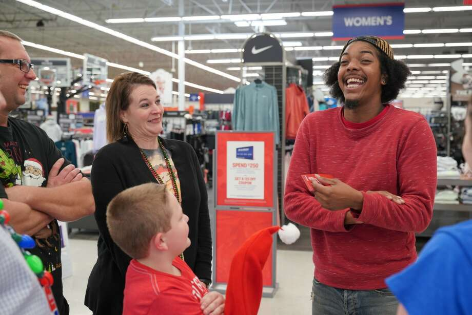 Academy invited the Peterson family and Rougeau to their store on Christmas Eve for a $1,000 shopping spree, according to an Academy spokesman. Photo: Academy Sports + Outdoors