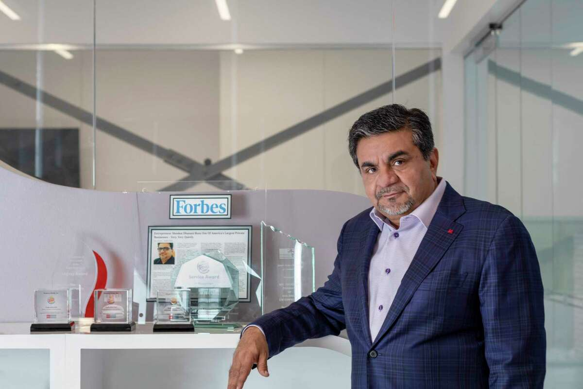 Shoukat Dhanani, CEO of the Dhanani Group, a Sugar Land-headquarted firm that owns1,100 restaurants, 125 convenience stores, two multifamily developments and a wholesale fuel distributor. The company generates more than $2 billion in annual revenue.