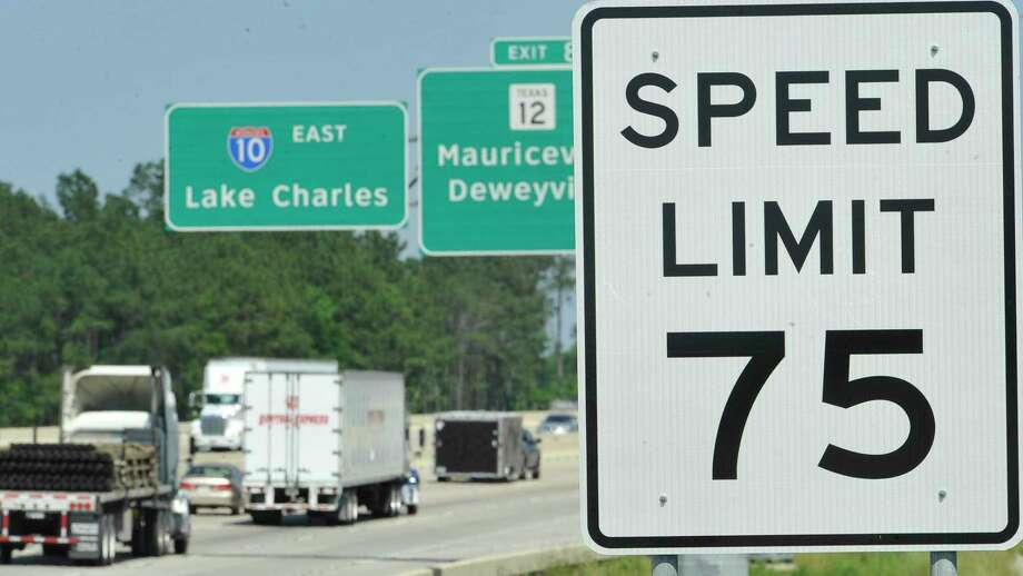 Last Saturday, March 24, 2012 marked exactly one month since the speed limits were raised to 75 mph on portions of Interstate 10 between Beaumont and Orange.  Dave Ryan/The Enterprise Photo: Dave Ryan / Dave Ryan/Dave Ryan/The Enterprise