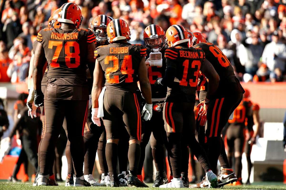 Cleveland minus-2 ½ at Cincinnati Browns 27-23