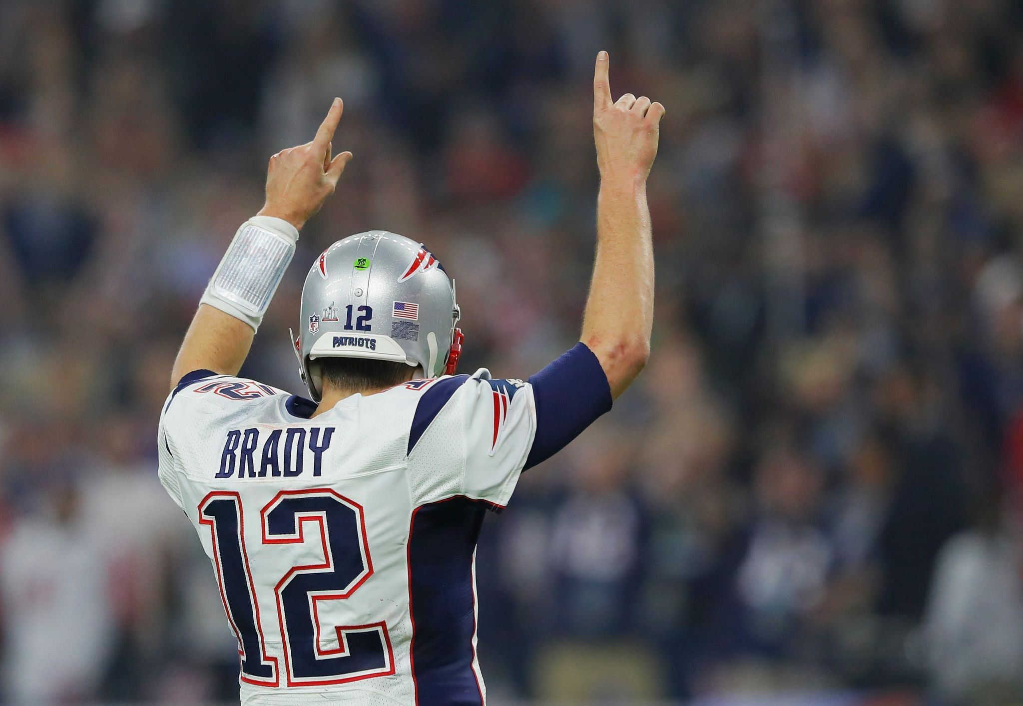 The theft of Tom Brady's jersey after Super Bowl LI in Houston has ...