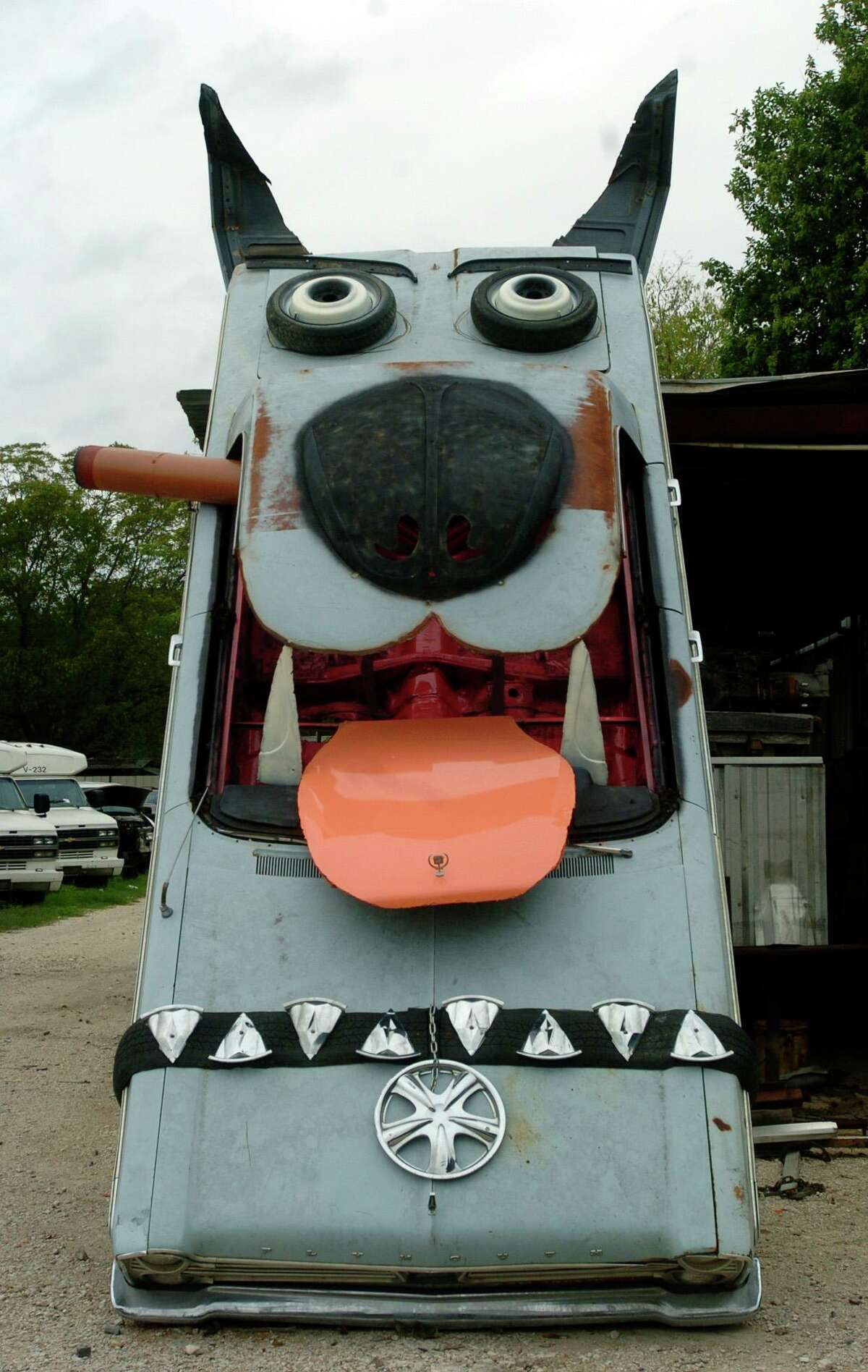 The South Side Junk Yard Dog  Bob Wade's creation,