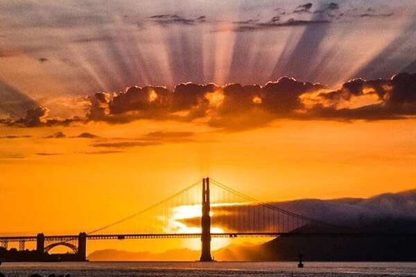 A beautiful Bay Area sunset by @stuinsf