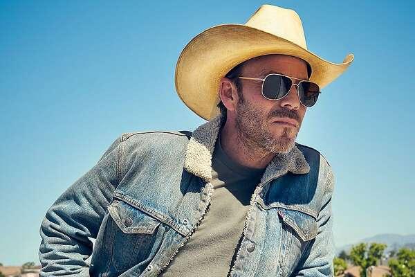 "Stephen Dorff stars as accidental sheriff Bill Hollister in the new Fox series ""Deputy."""