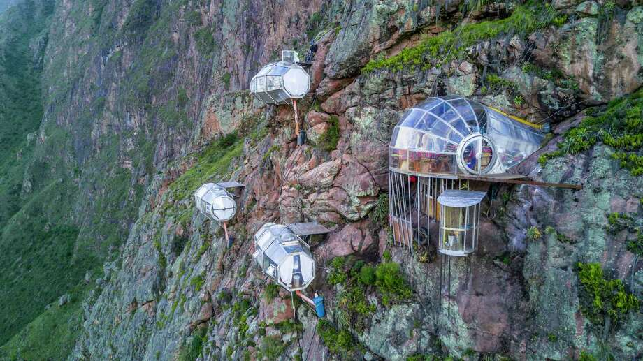 Skylodge Adventure Suites is made up of clear pods hanging above the Sacred Valley in Cusco, Peru. Photo: Natura Vive, Natura Vive / Natura Vive / Natura Vive