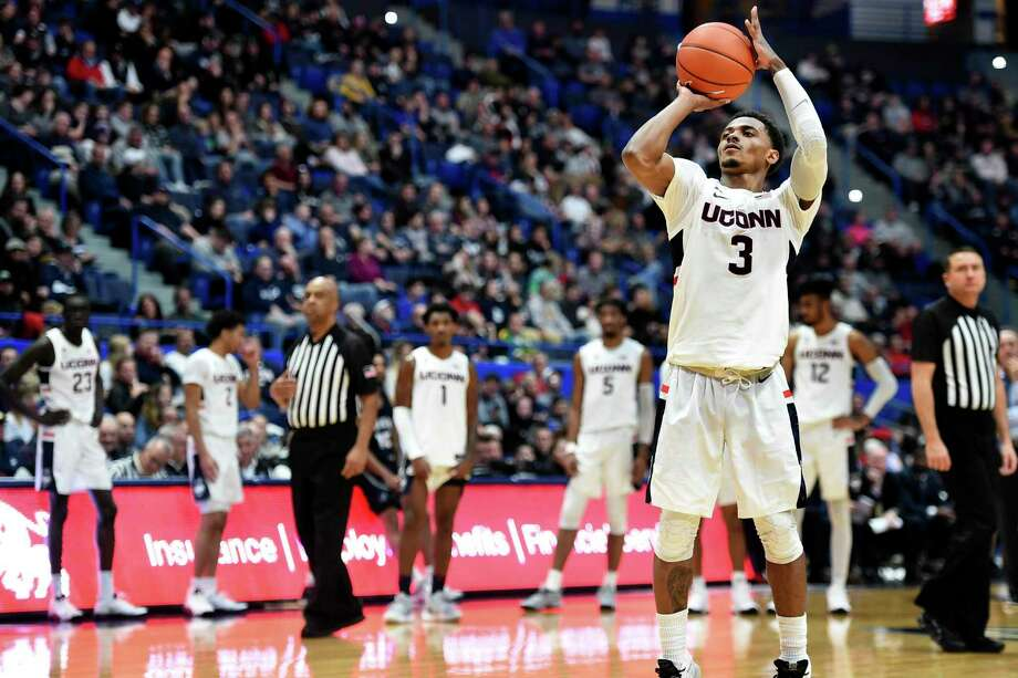 Alterique Gilbert and UConn will take on NJIT on Sunday. Photo: Stephen Dunn / Associated Press / Copyright 2019 The Associated Press. All rights reserved