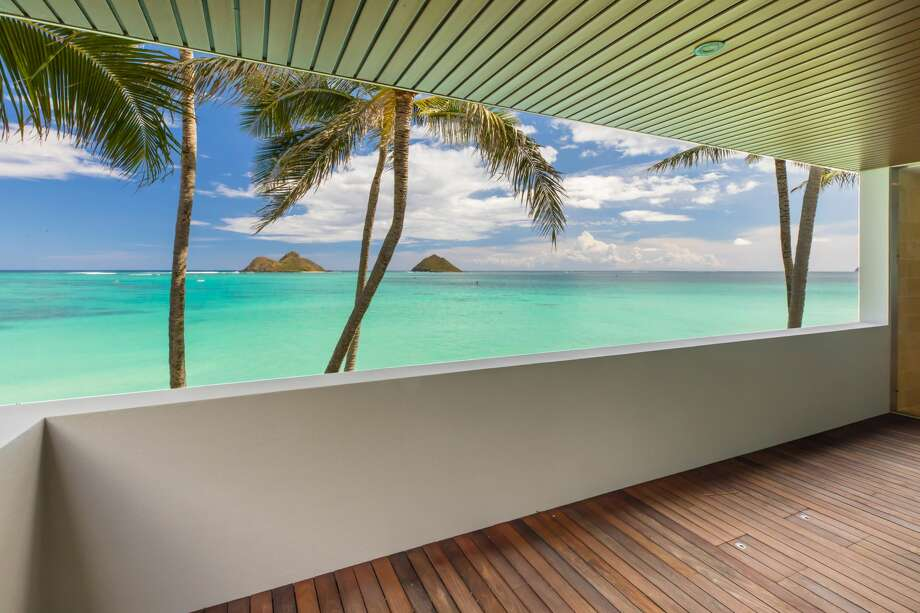 The home of prominent business woman and philanthropist Elizabeth Rice Grossman, this stunning Hawaiian beach estate and art gallery could be yours for $21M Photo: The Privus Group