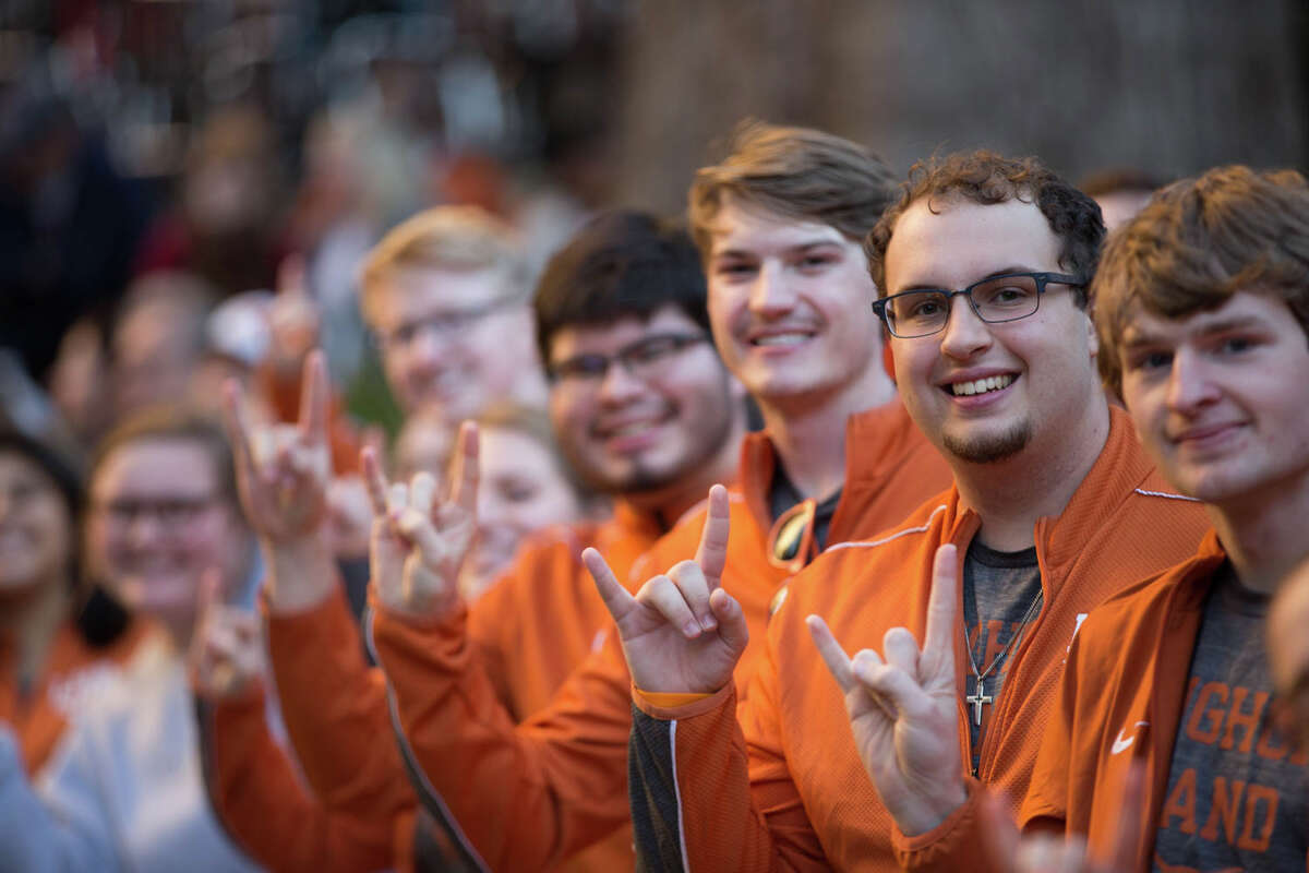 UT and Utah fans cheered on their teams at Rudy's Pep Rally in downtown San Antonio on Sunday, Dec. 29, 2019 ahead of Tuesday's Alamo Bowl.