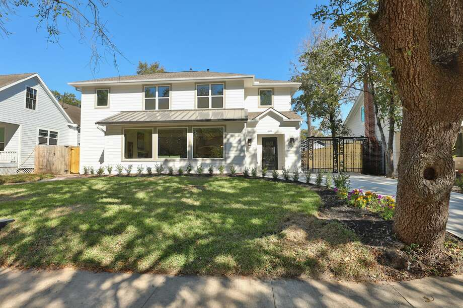 An investor-flipped Eastwood home has been listed at a record price for the neighborhood: $1 million. As demand for inner Loop real estate has skyrocketed, so have prices in previously affordable neighborhoods. Photo: Rockbait