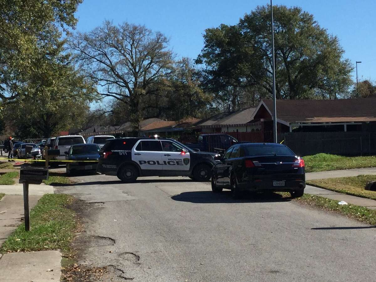 Houston PD tweeted that Homicide investigators are on scene at a residence in the 6900 block of Peyton St. near Camway.  According to the tweet,