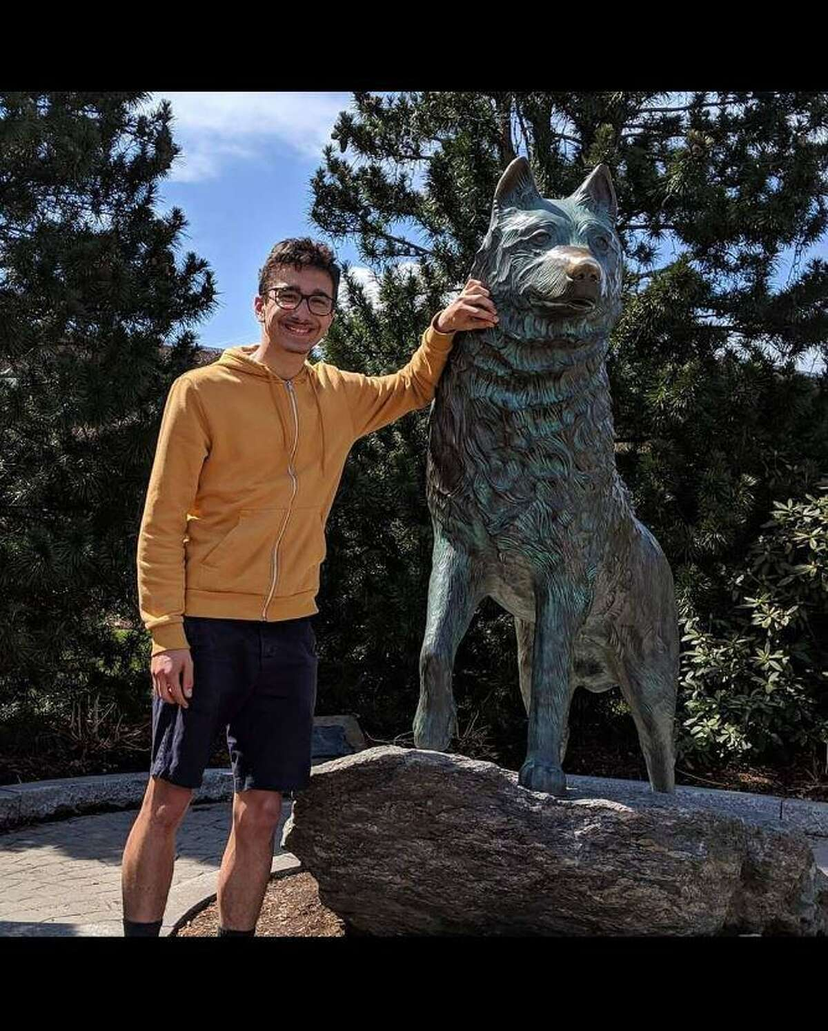 Shelton resident Samuel Kocurek is raising money for Make A Wish Connecticut to not only help others but also earn a trip to Edinburgh, Scotland, to run a marathon.