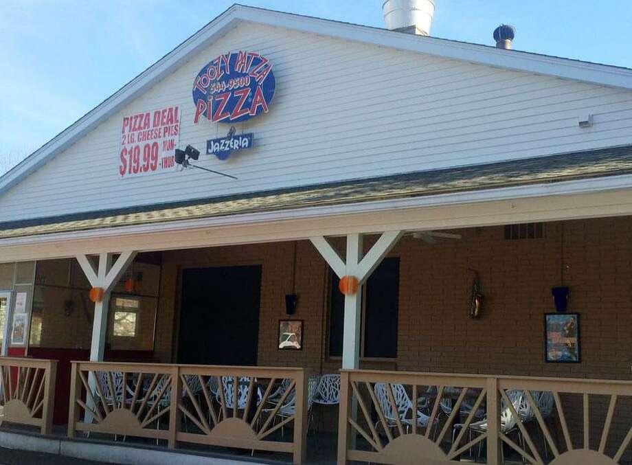Toozy Patza Pizza in Wilton, Conn. Photo: Hearst Connecticut Media