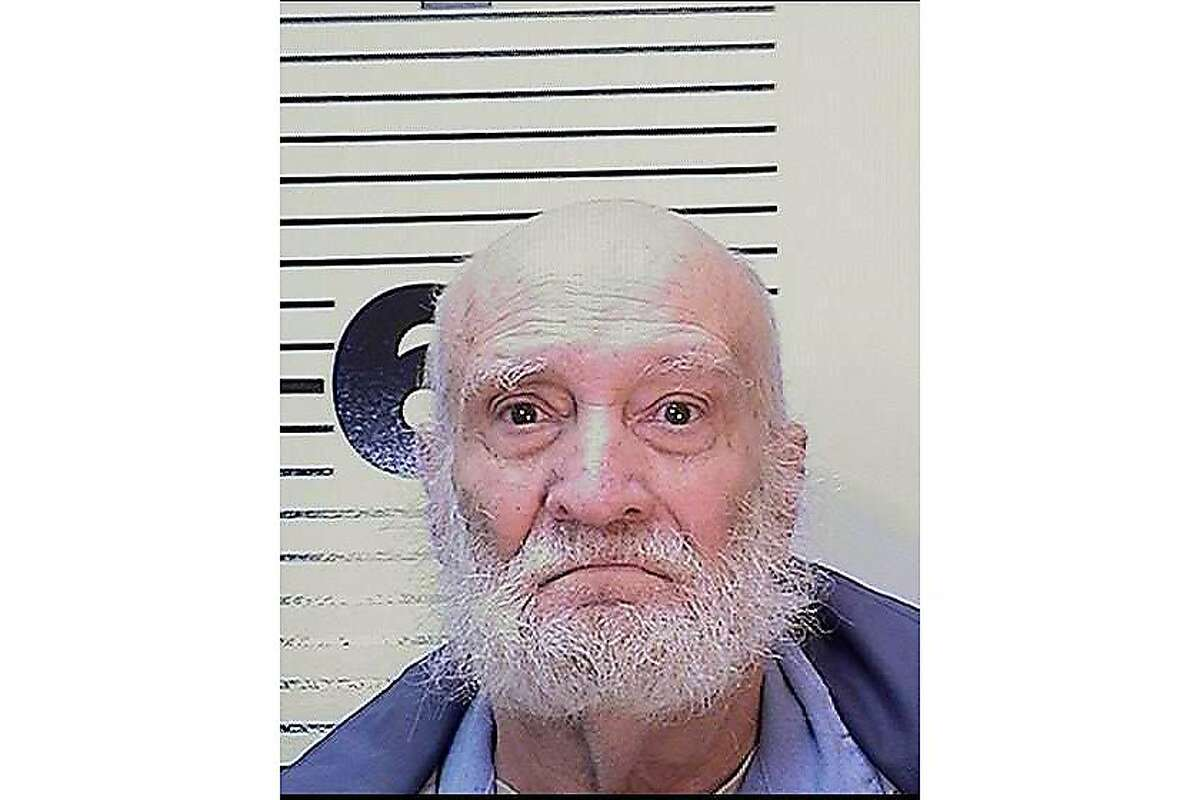 The California Department of Corrections and Rehabilitation reports that Death Row inmate Phillip Jablonski, 73, was found dead in his cell at San Quentin State Prison on Dec. 27, 2019. Jablonski was sentenced to death on August 12, 1994 following his conviction for the murders of his mother-in-law Eva Petersen, 72, and his wife, Carol Spadoni, 46, who had married him while he was in prison for murdering a previous wife in 1978. The California Department of Corrections and Rehabilitation reports that Death Row inmate Phillip Jablonski, 73, was found dead in his cell at San Quentin State Prison on Dec. 27, 2019. Jablonski was sentenced to death on August 12, 1994 following his conviction for the murders of his mother-in-law Eva Petersen, 72, and his wife, Carol Spadoni, 46, who had married him while he was in prison for murdering a previous wife in 1978.