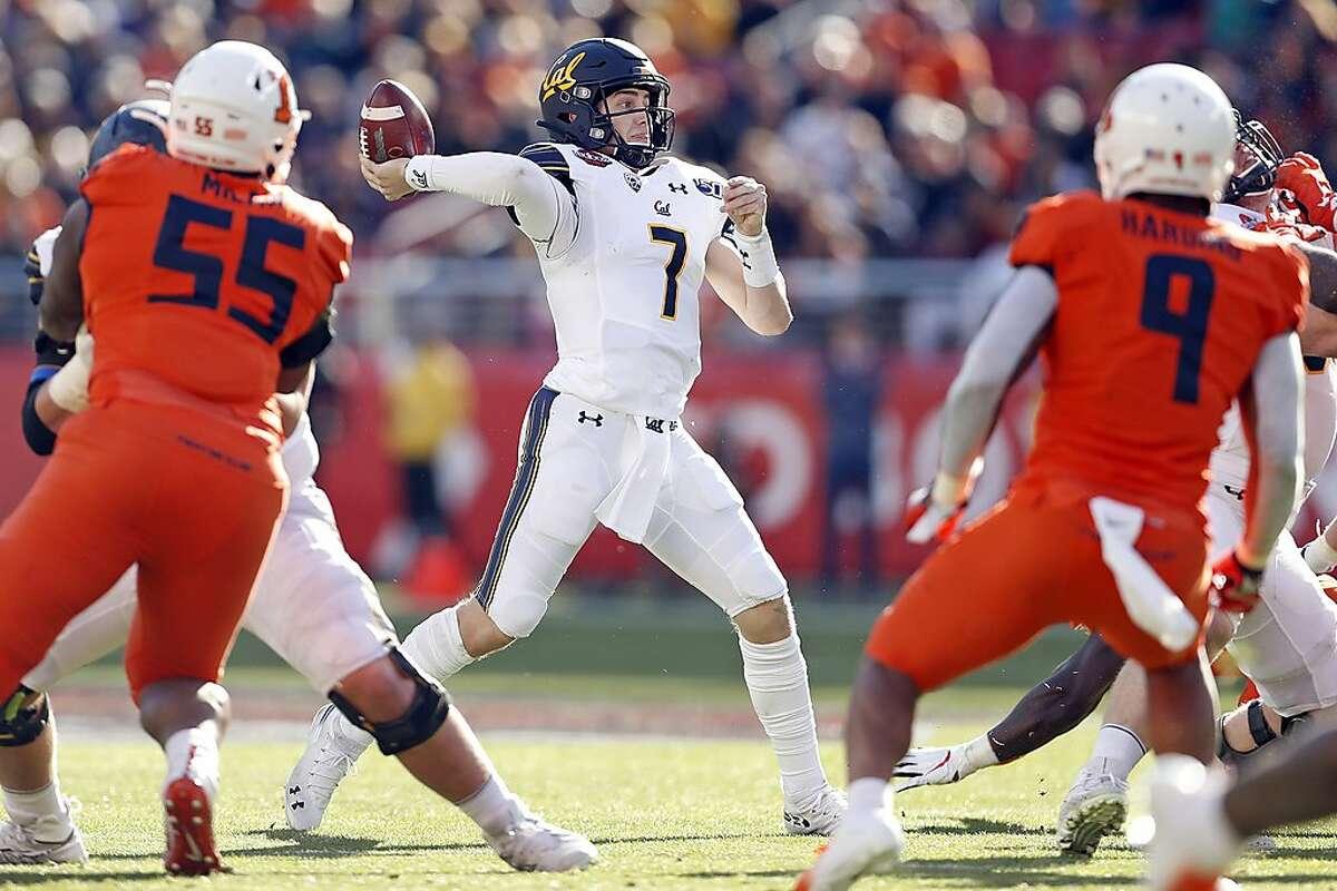 California quarterback Chase Garbers passes in 1st quarter against Illinois during Redbox Bowl at Levi's Stadium in Santa Clara, Calif., on Monday, December 30, 2019.