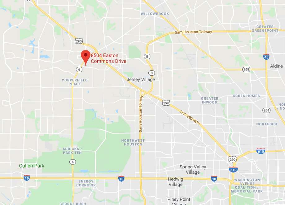 A man was shot and killed by two robbery suspects at his apartment in the 8500 block of Easton Commons, authorities said. Photo: Google Maps
