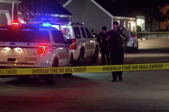 Harris County Sheriff's Office deputies investigate a deadly home invasion shooting in the 8500 block of Easton Commons Drive on Monday, Dec. 30, 2019.