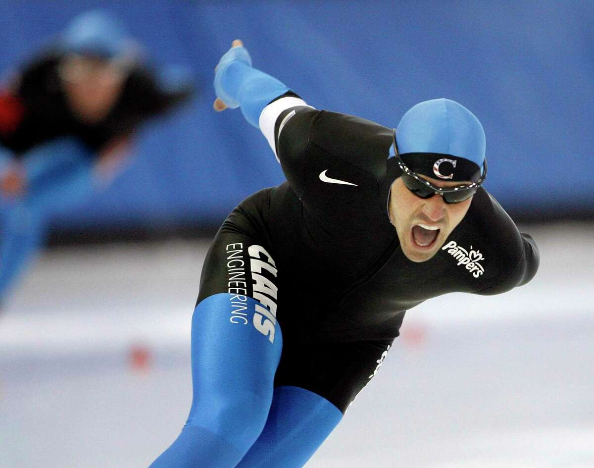 United States' Chad Hedrick skates to a first place finish in the men's 1,500-meter event at the US Olympic speedskating trials at the Utah Olympic Oval in Kearns, Utah, Tuesday, Dec. 29, 2009. (AP Photo/Steve C. Wilson)