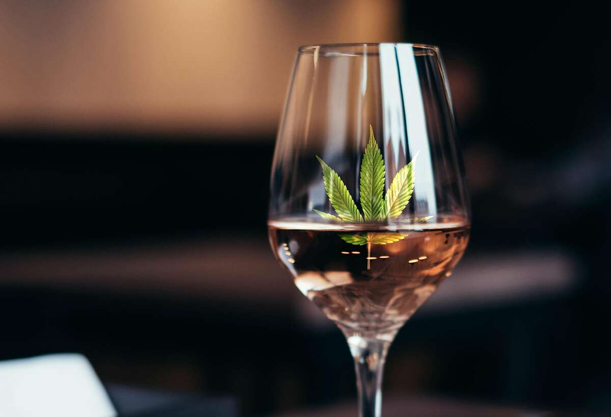 There's a new crop of cannabis-infused ros�s in California.