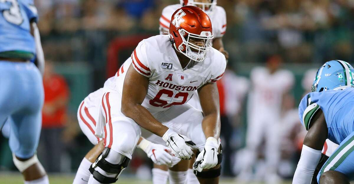 NEW ORLEANS, LOUISIANA - SEPTEMBER 19: Jarrid Williams #62 of the Houston Cougars in action during a game against the Tulane Green Wave at Yulman Stadium on September 19, 2019 in New Orleans, Louisiana. (Photo by Jonathan Bachman/Getty Images)