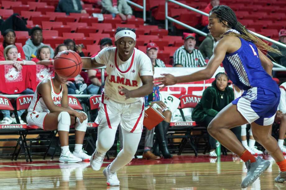 The Lady Cardinals took down the Demons of Northwestern State by a score of 61-58 on Saturday, December 21, 2019. Fran Ruchalski/The Enterprise Photo: Fran Ruchalski/The Enterprise
