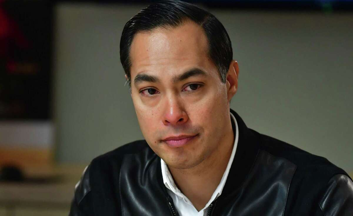 Julian Castro on Thursday announced that he would immediately suspend his campaign for president of the United States.