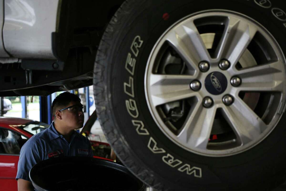 Do a small repair like an oil change or tire rotation to gauge whether the shop offers good service.