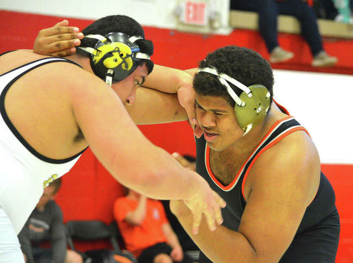 Edwardsville wrestler Lloyd Reynolds is the second-ranked wrestler in Illinois in the 285-pound weight class.