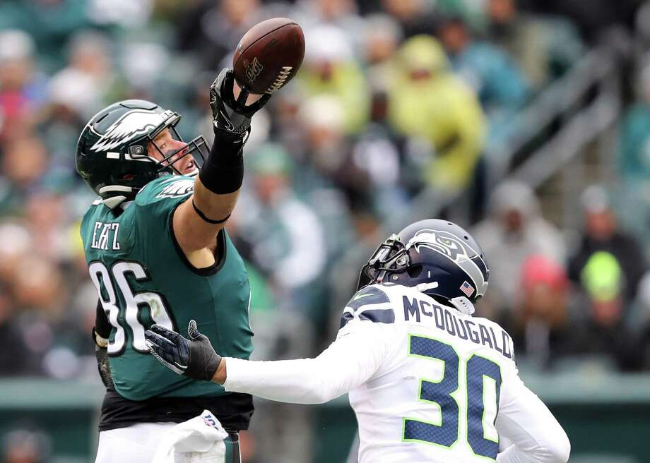 Seahawks safety Bradley McDougald covering Eagles tight end Zach Ertz in the Week 12 matchup between the teams. Photo: Elsa // Getty Images