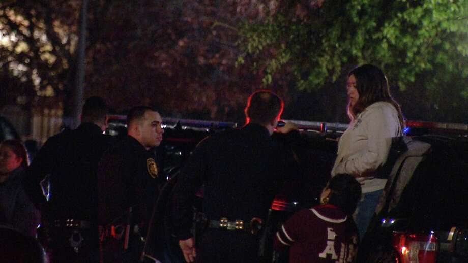 Police are searching for a man involved in a standoff with officers on the South Side Thursday night. Photo: Ken Branca