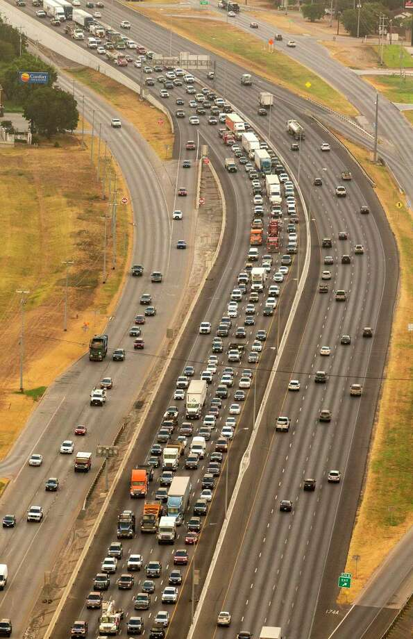 Tolls on highways would allow out-of-state drivers to pay for necessary transit repairs rather than putting the entire burden on state residents. Photo: File Photo / ©2019 William Luther