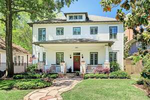 Estate Address:   1843 Harvard Street, Houston, TX 77008    Price:  $1,299,999    Details:  4-5 Beds, 3 full, 1 half bathrooms    Square Ft:  4,459    Price Per SF:  $291.54    For more information:     Click here for information