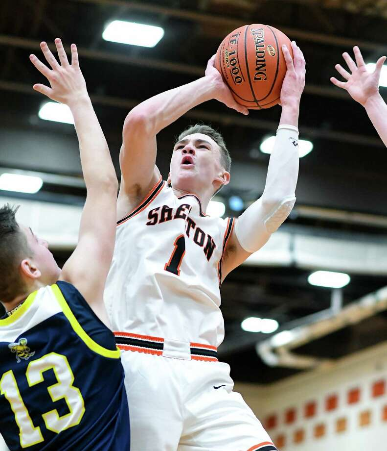 Brian Belade scored 17 points to lead Shelton past East Haven. Photo: David G Whitham / For Hearst Connecticut Media / Copyriqht 2020 David G. Whitham, All rights reserved.