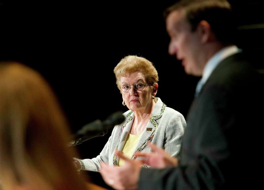 Kay Maxwell serving as moderator for the Democratic primary debate between Connecticut 5th district Congressman, Chris Murphy and challenger Susan Bysiewicz in Bridgeport in 2012. Photo: Mark Conrad / Mark Conrad / Connecticut Post Freelance