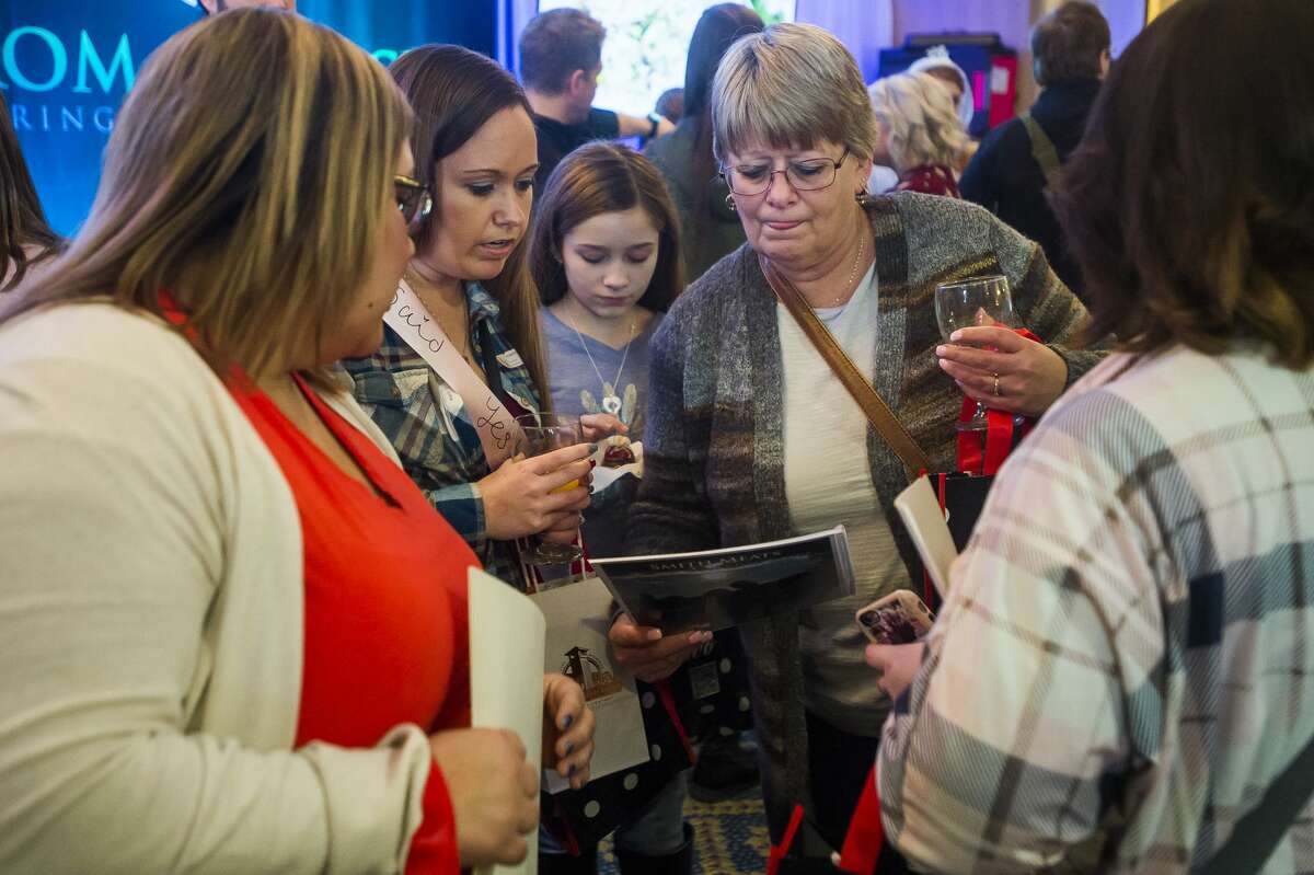 Hundreds of people attend a bridal expo hosted by Bride Guide Shows Saturday, Jan. 4, 2020 at Bay Valley Resort and Conference Center in Bay City. (Katy Kildee/kkildee@mdn.net)