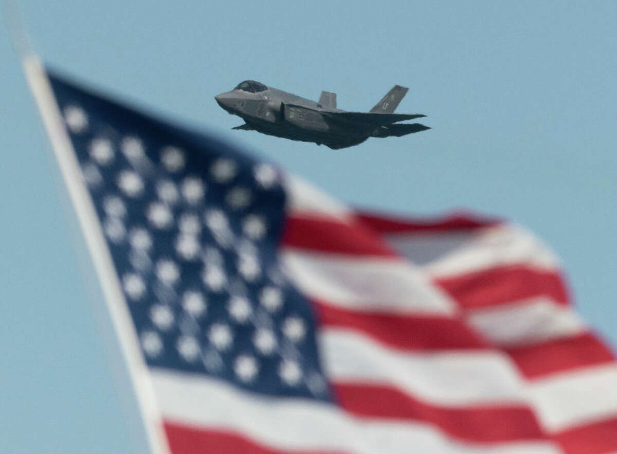 U.S. Air Force Lockheed Martin F-35 Lightning stealth fighter flies over the San Francisco Bay in San Francisco, California on October 13, 2019. (Photo by Yichuan Cao/NurPhoto via Getty Images)